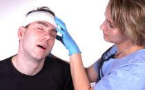 Признаки, последствия и лечение ушиба головы
